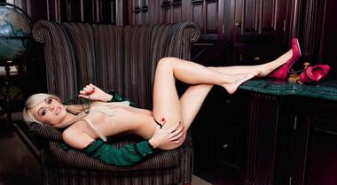 Анна Хилькевич приняла участие в эротической фотосессии